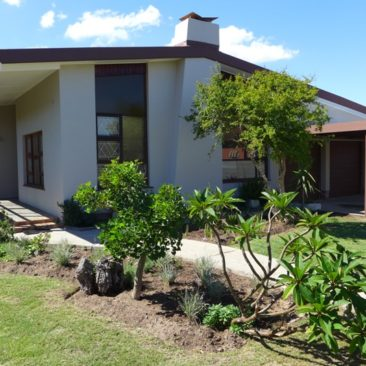 FAIRFIELD Estate, Parow…Newly Renovated, 4Bedr, Super-Spacious Home and Gardens…and Safe!!