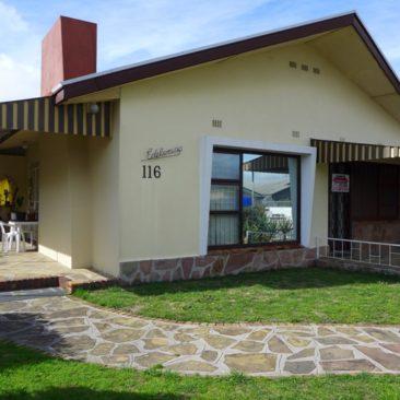 GOODWOOD / Vasco Estate…Very Neat and Original…Quiet Area !