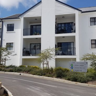 PAROW/Avondale…Exquisite Modern 2 Bedroomed Apartment for Sale !!!