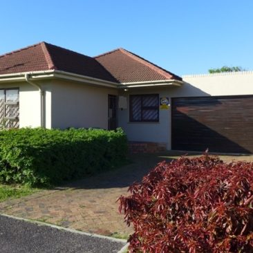 PAROW / Glenlily …4Bedr, 3Bathr…Spacious, Centrally-Located, Solid-Built Home for Sale…